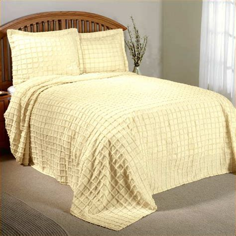 white chenille bedspread king size home design remodeling ideas