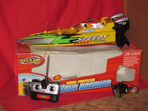 Fast Lane Rc Boat Wave Chaser by Fast Lane R C Boat Wave Breaker Remote Control Rc Radio