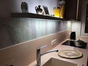 Glas Wandpaneele Küche : glasplatte mit digitaldruck als spritzschutz fontfront ~ Markanthonyermac.com Haus und Dekorationen