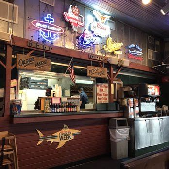 Boat House Grill In Austin by Boat House Grill Closed 121 Photos 191 Reviews