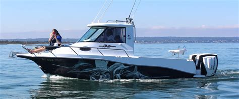 Formula Extreme Boats by Evolution 652 Enclosed Enclosed Hardtop Offshore Fishing