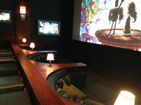 360 view of as as it gets picture of cinetopia vancouver mall 23