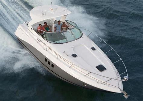 Rinker Boats Manufacturer by Rinker 360 Express Cruiser Boats For Sale Boats