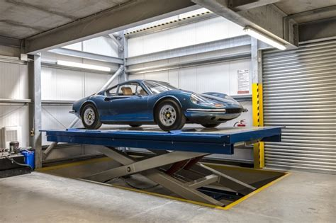 Rising Underground Car Lift Eds