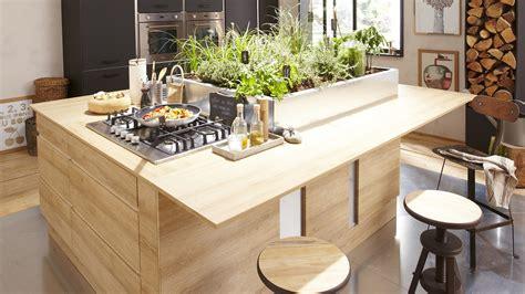 davaus net cuisine grise et plan de travail bois avec des id 233 es int 233 ressantes pour la