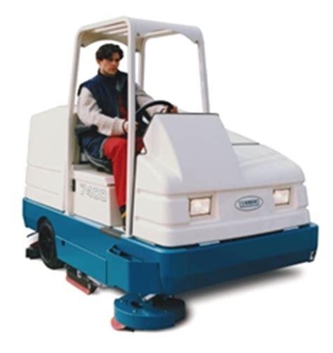 rider tennant 7400 floor scrubber rental