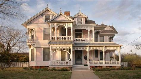 Victorian Style Home Exterior Huge Victorian Style House