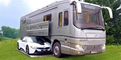 Volkner Mobil Zeigt Wohnmobil Mit Garage Für Den Bmw I8