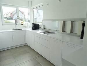 Schwarze Arbeitsplatte Küche : graue kueche arbeitsplatte die neuesten innenarchitekturideen ~ Markanthonyermac.com Haus und Dekorationen
