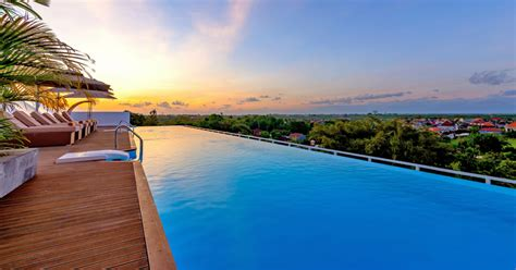 Infinity Pool : 10 Affordable Bali Hotels With Infinity Pools Under