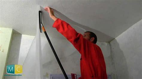 r 233 nover plafond 2 2