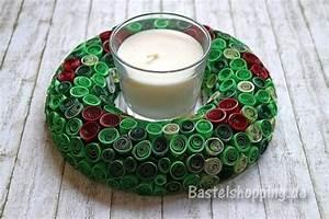 Weihnachtskranz Für Tür : bastelidee f r weihnachten weihnachtskranz mit gequilltem papier ~ Markanthonyermac.com Haus und Dekorationen
