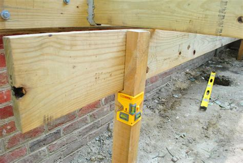 how to build a deck posts notches frogs house