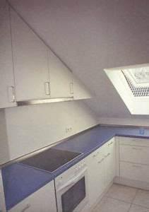 Küche In Dachschräge : k che wei dachschr ge a 01 013 arranging attic pinterest dachschr ge k che und k chen ~ Markanthonyermac.com Haus und Dekorationen
