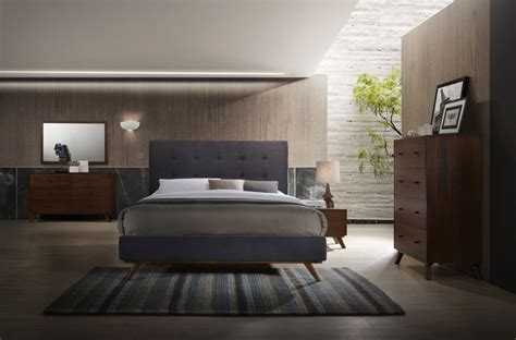 Modrest Addison Mid-century Modern Grey & Walnut Bedroom
