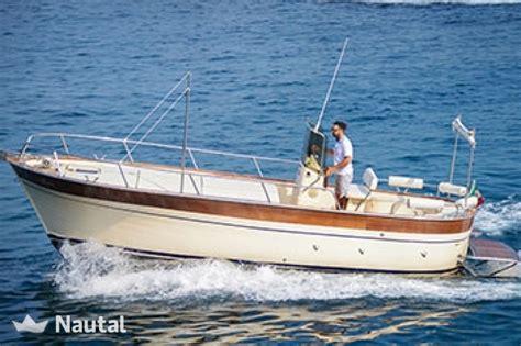 Motorboot Text by Motorboot Chartern Custom 7 50 S Im Porto Di Sorrento