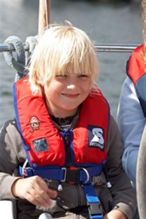 Zwemvest Co2 Patroon by Kinder Zwemvesten En Reddingsvesten Kopen Veiligheid Aan