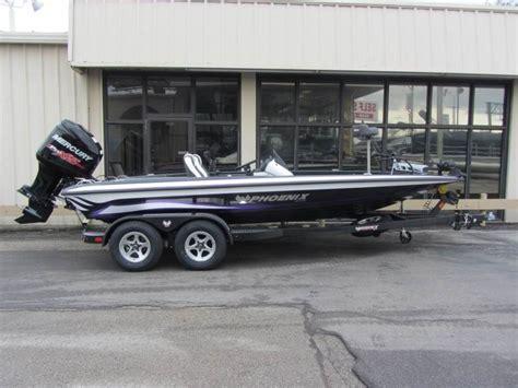 Phoenix Boats For Sale In Missouri by Phoenix 819 Pro Boats For Sale In St Peters Missouri