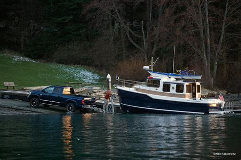 Boat Plug Safety by Boat Towing Guide How To Trailer A Boat Boats
