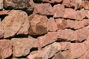 Mauer Bauen Lassen Kosten : kosten f r eine natursteinmauer richtig kalkulieren ~ Markanthonyermac.com Haus und Dekorationen