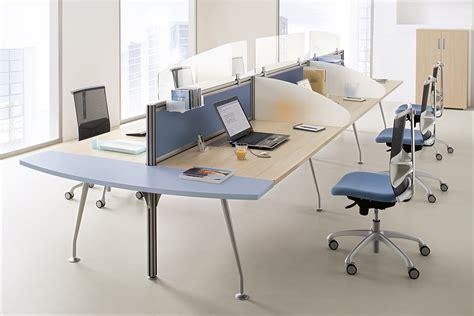 mobilier call center au sein d un open space bureaux am 233 nagements m 233 diterran 233 e