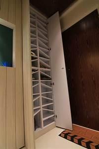 Ideen Für Schuhschrank : eine gro artige idee f r einen schuhschrank schr ge trenner f r unterschiedliche scha ~ Markanthonyermac.com Haus und Dekorationen