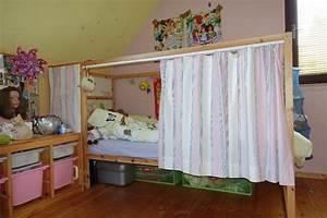 Vorhang über Bett : sch nes hochbett ikea kura f r m dchen 90 200 in b hl iggelheim kinder jugendzimmer kaufen ~ Markanthonyermac.com Haus und Dekorationen