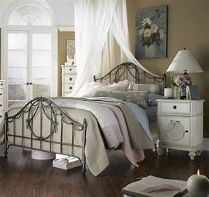 Schlafzimmer Romantisch Gestalten : vintage schlafzimmer ideen f r die schlafzimmergestaltung ~ Markanthonyermac.com Haus und Dekorationen