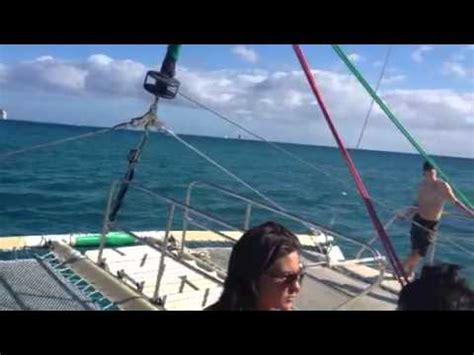 Boat Ride Comedy Youtube by Hula S Catamaran Waikiki Boat Ride Youtube