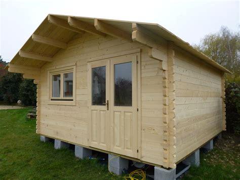 chalet habitable 20m 178 en bois en kit sans permis de construire