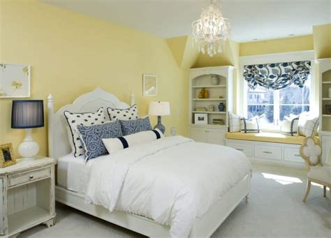 Home Decor Yellow : Bedroom With Yellow Walls And Window Bench
