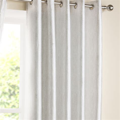 white eyelet kitchen curtains 28 images white eyelet curtains home design ideas and pictures