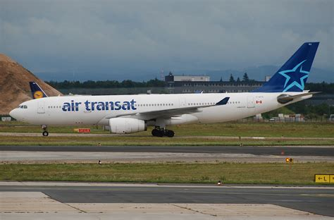 airbus a330 200 air transat 28 images c gtsz air transat airbus a330 200 at charles de
