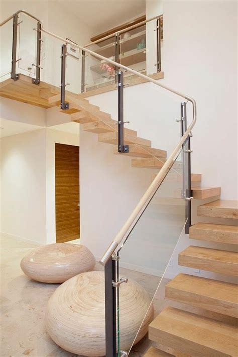 les 25 meilleures id 233 es de la cat 233 gorie garde corps verre sur escalier en verre
