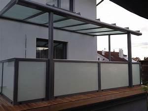Glas Für Terrassenüberdachung Preis : terrassen berdachung mit gel nder aus alu milchglas balkonverglasung terrassenverglasung ~ Whattoseeinmadrid.com Haus und Dekorationen