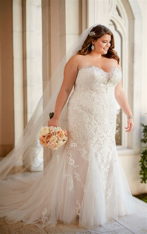 Plus Size Vintage Lace Wedding Dress  Stella York. Cheap Wedding Dresses San Diego. Black Ribbon Wedding Dresses. Beach Wedding Dresses To Buy. Disney Themed Wedding Dresses Alfred. David Tutera Winter Wedding Dresses. Vintage Wedding Dresses By Oscar De La Renta. Wedding Guest Dresses For Summer Plus Size. Wedding Dresses By Pnina Tornai