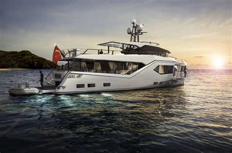 Yacht Rock Boat Cruise by Vripack Evadne Motor Yacht Rock Exterior Render