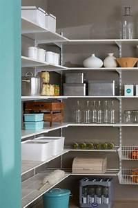 Regal Für Garage : die besten 25 speisekammer regale ideen auf pinterest ~ Markanthonyermac.com Haus und Dekorationen