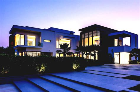 Most Famous Modern Architecture House With Green