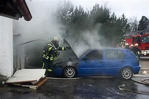 Auto In Der Garage : in der garage eines wohnhauses in belsen hatte ein auto feuer gefangen ~ Whattoseeinmadrid.com Haus und Dekorationen