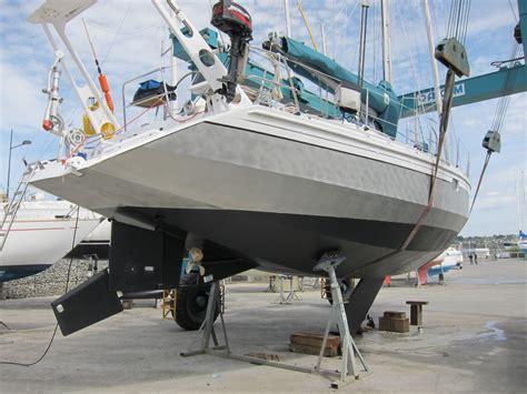 Catamaran Keel Vs Daggerboard by Holy Boat File Sailboat Centerboard Design
