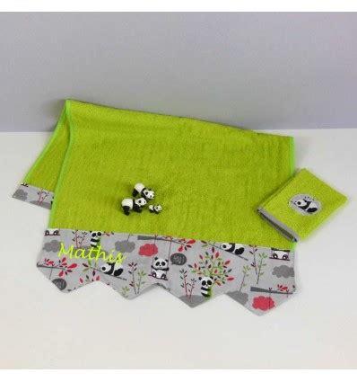 serviette de toilette 233 ponge personnalis 233 e linge de bain motif panda cr 233 aflo