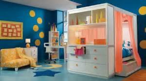 Farben Für Babyzimmer : unglaubliche inspiration kinderzimmer blau und spektakul re streichen lustige farben f r eine ~ Markanthonyermac.com Haus und Dekorationen