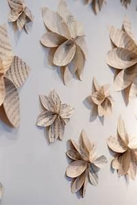 Kreative Tische Selber Machen : wanddekoration selber machen aus papier und idee f r kreative wandgestaltung mit papier blumen ~ Markanthonyermac.com Haus und Dekorationen