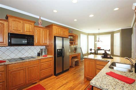 tulsa home for sale in union schools 6504 e 84