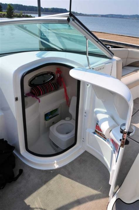 Center Console Boats With Porta Potty by Pics For Gt Pontoon Boats With Bathroom