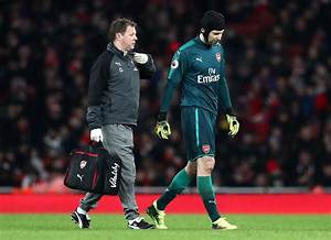 Arsenal injury news: Cech doubtful for north London derby ...
