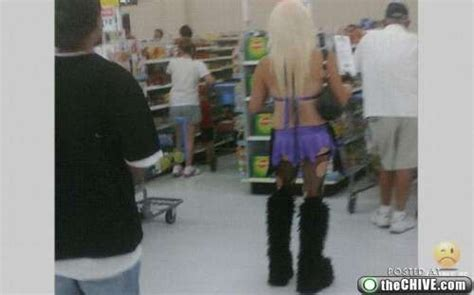 bad dressers at walmart worst dressed wal mart shoppers wal mart shoppers look
