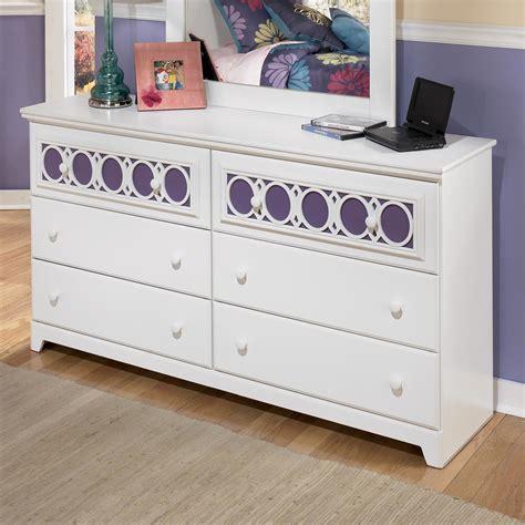 furniture zayley dresser signature design by zayley 6 drawer dresser with