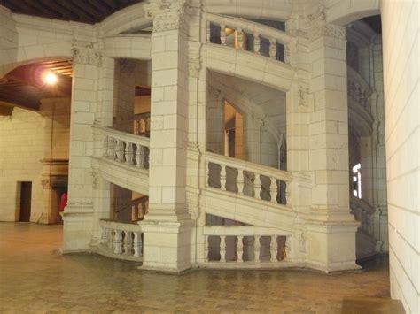 infos sur chateau de chambord escalier arts et voyages